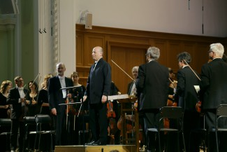 Пааво Ярви и Российский национальный оркестр. Фото - Ирина Шымчак