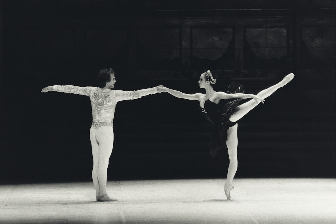 Сильви Гиллем и Рудольф Нуриев в спектакле «Лебединое озеро», фото — Gilles Tapie