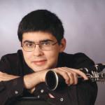 В Бишкеке выступит всемирно известный кларнетист и дирижер Валентин Урюпин