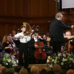 Юный скрипач Георгий Ибатулин выступил на открытии Конкурса. Фото РИА Новости
