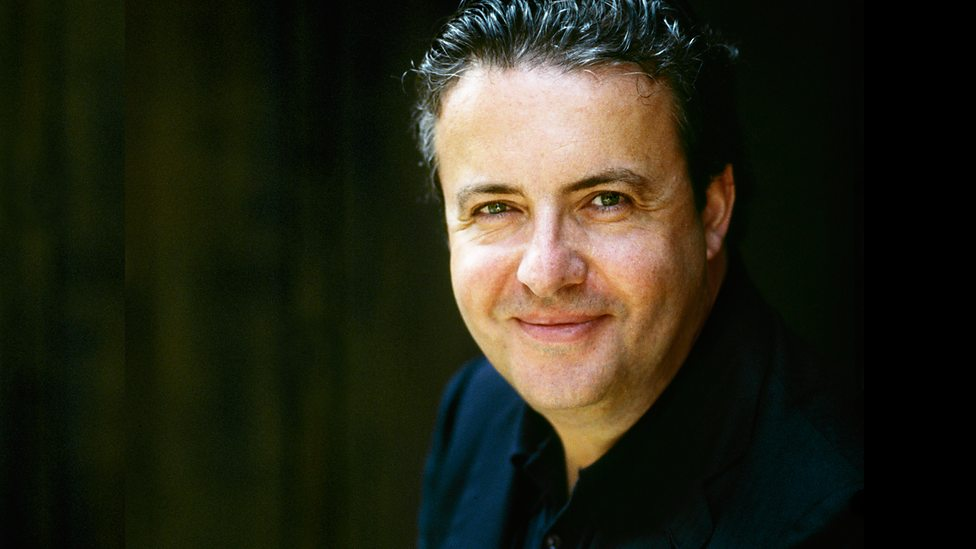 Хуан Хосе Мена