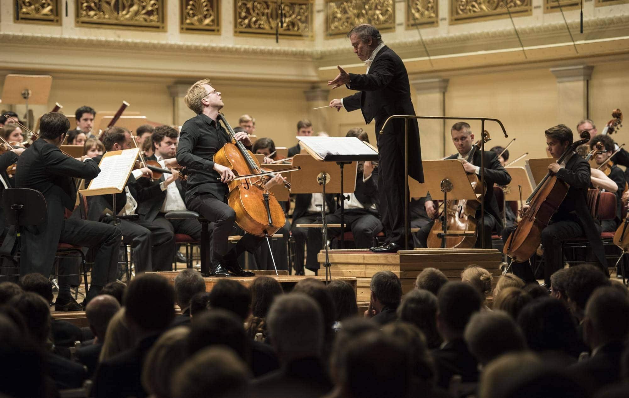 Молодежный оркестр Российско-немецкой музыкальной Академии, Юлиан Штекель, Валерий Гергиев. Фото - RCCR-Projects Berlin.