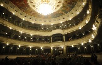Зрительный зал Большого театра. Фото: Зураб Джавахадзе/ИТАР-ТАСС