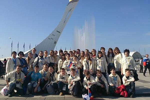 Детский образцовый оркестр народных инструментов участвовал в культурной программе Олимпиады в Сочи в 2014 году. Фото из личного архива Алексея Моргунова