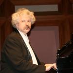 В Центре классической музыки состоится сольный концерт Михаила Лидского