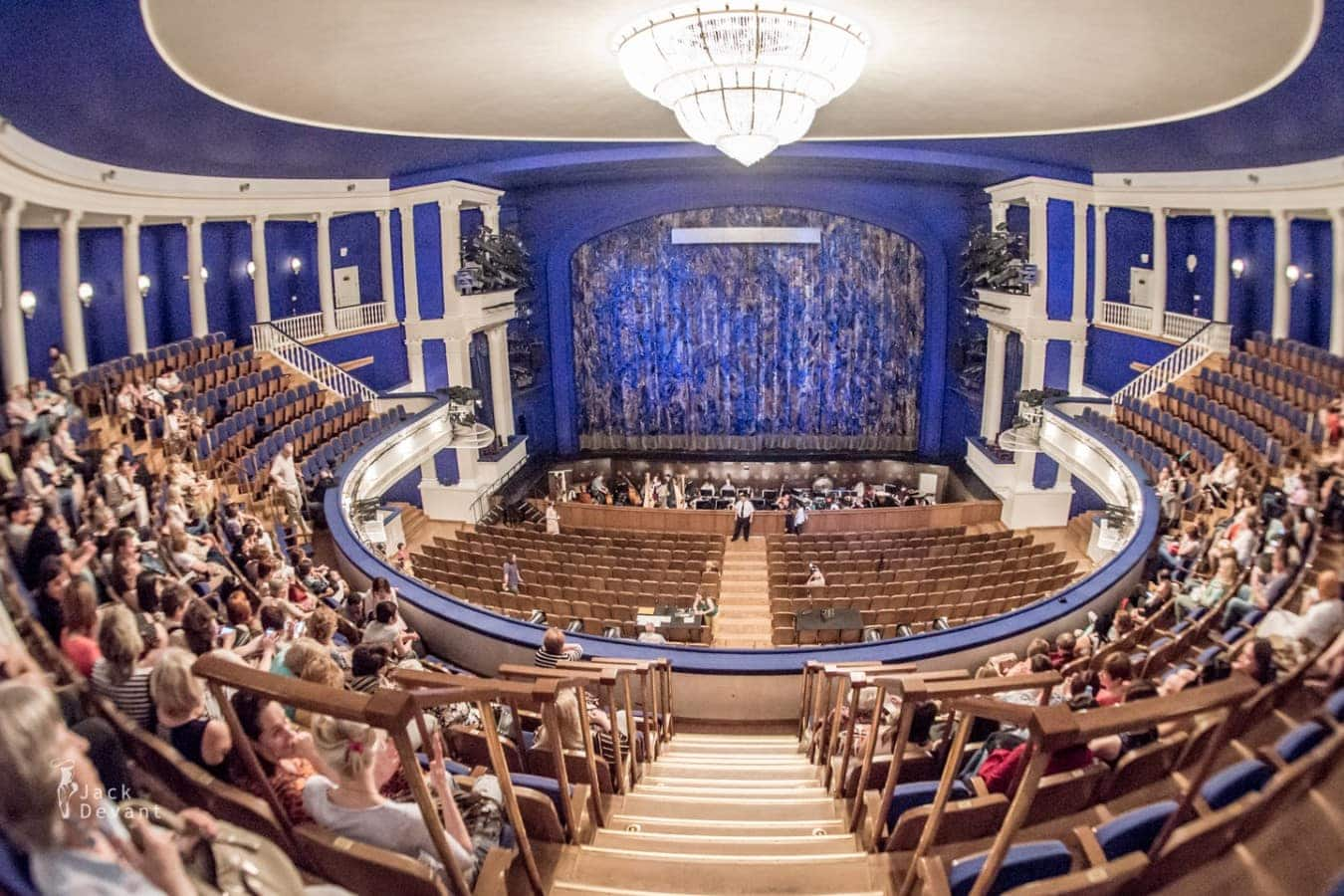 Московский музыкальный театр имени Станиславского и Немировича-Данченко объявил свои планы на осень 2015 года