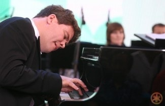 Денис Мацуев. Фото - Сергей Фадеичев
