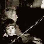Денис вырос в музыкальной семье. Фото из личного архива