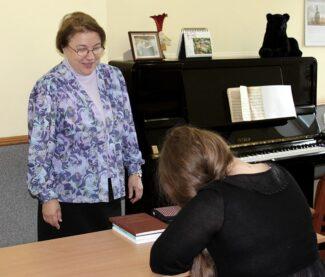 Елена Николаевна в своём классе