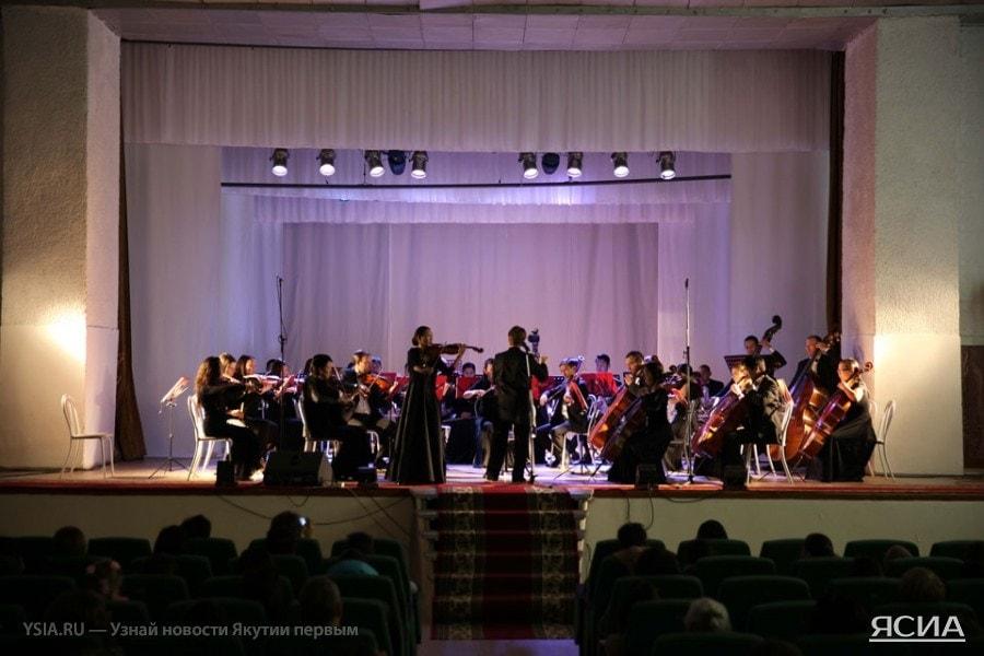 Программа симфонического концерта в Покровске была посвящена теме Второй мировой войны