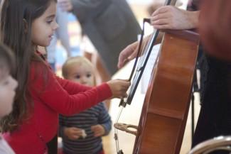 В Симферополе для малышей устроили необычный концерт классической музыки
