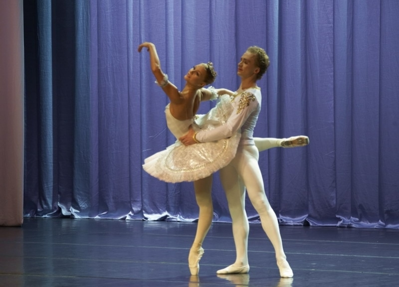 Анастасия Ломаченкова и Антон Плоом