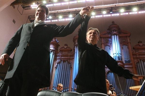 Денис Мацуев и Михаил Плетнев дали благотворительный концерт в пользу Московской консерватории. Фото: Вячеслав Прокофьев / ТАСС