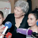 Сильва Мекинян с воспитанницами