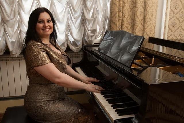 Людмила Монастырская