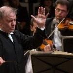 Валерий Гергиев и оркестр Мариинки посетили Владивосток и Ханты-Мансийск