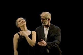 "Ана Лагуна и Матс Эк исполняют ""Memory"". Photo - http://houstondance.org/"