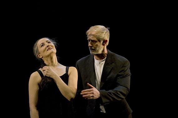 """Ана Лагуна и Матс Эк исполняют """"Memory"""". Фото - houstondance.org"""
