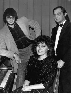 Дмитрий Миллер с женой, Евгенией Чеглаковой, и сыном, Дмитрием Чеглаковым