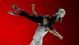 "Бернис Коппьетерс в балете ""Фауст"". Фото - Alice Blangero"