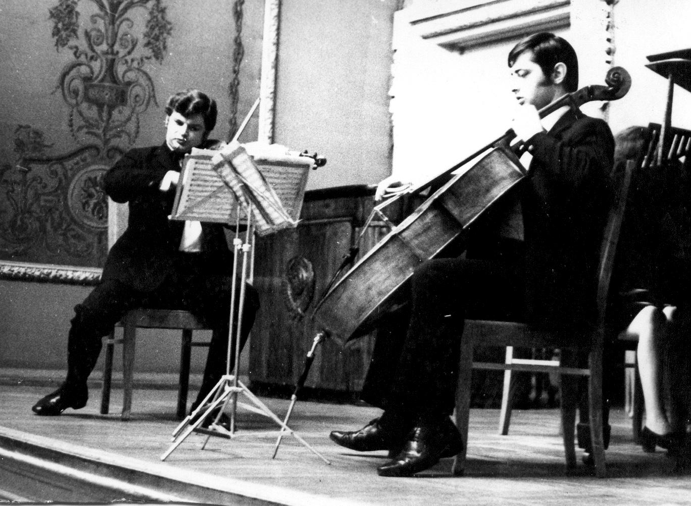 Дмитрий Миллер с коллегами в Бетховенском зале Большого театра (30 мая 1973)