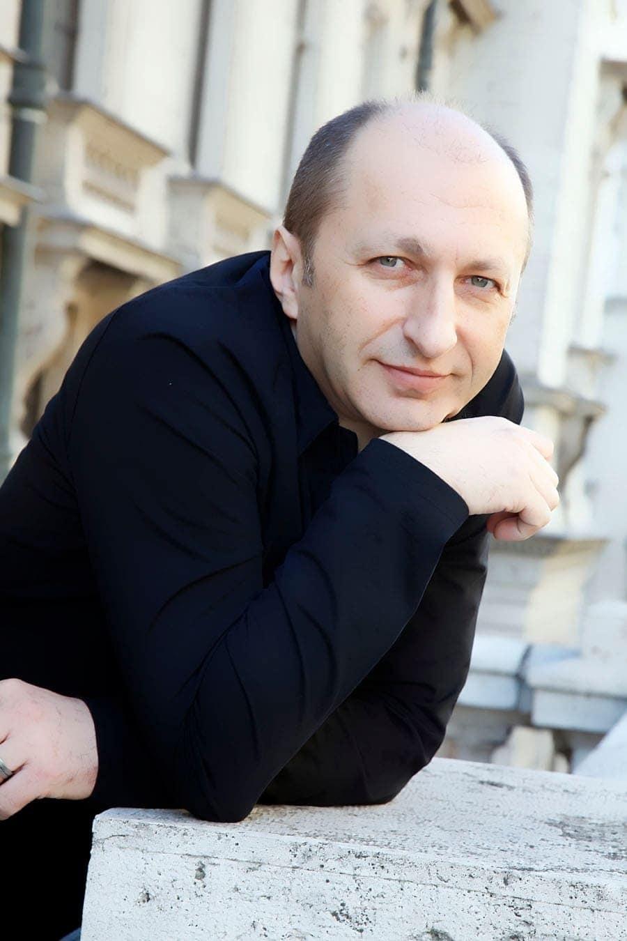 Эльдар Алиев