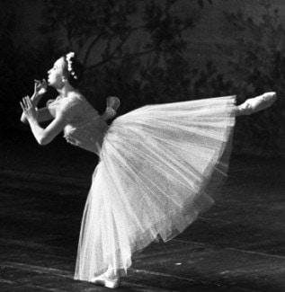 Галина Уланова в роли Сильфиды из балета «Шопениана», 1960 г. Фото: РИА Новости/ Борисов