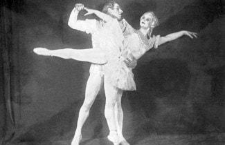 Марина Семенова и Алексей Ермолаев в балете Петра Чайковского «Щелкунчик», 1939 год. Фото РИА Новости