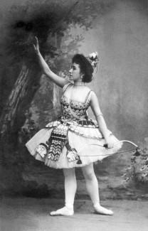 Матильда Кшесинская в балете Пуни «Дочь фараона», 1898 год