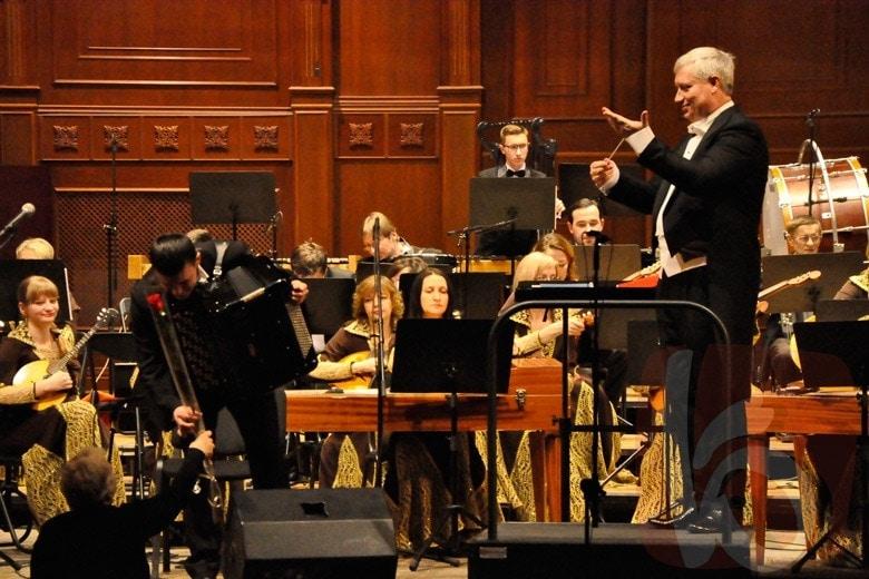 Хиты русской и зарубежной классики в исполнении оркестра русских народных инструментов прозвучали в Белгородской филармонии
