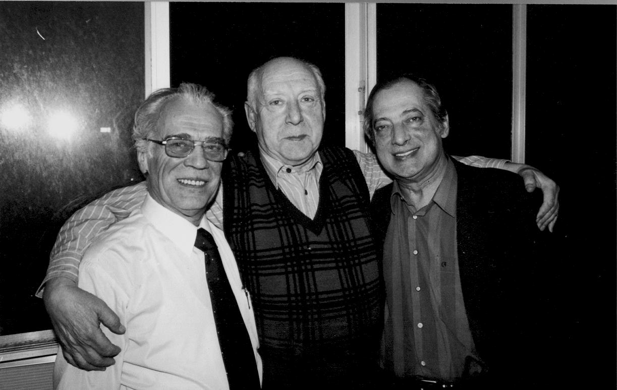 Анатолий Валетный (концертмейстер контрабасов), Александр Шейдин (концертмейстер альтов) и Дмитрий Миллер