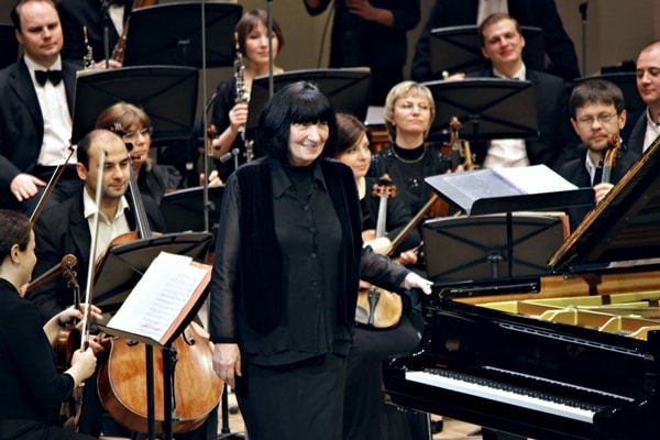 Элисо Вирсаладзе в ансамбле с Musica Viva достигла волшебной и неожиданной звуковой картины. Фото: Ирина Шымчак