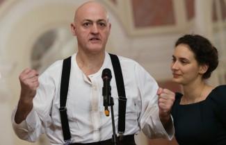 Певец Джон Дашак во время пресс-подхода перед генеральной репетицией. Фото: Артем Геодакян/ТАСС