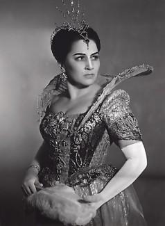 Ирина Архипова в роли Марины Мнишек