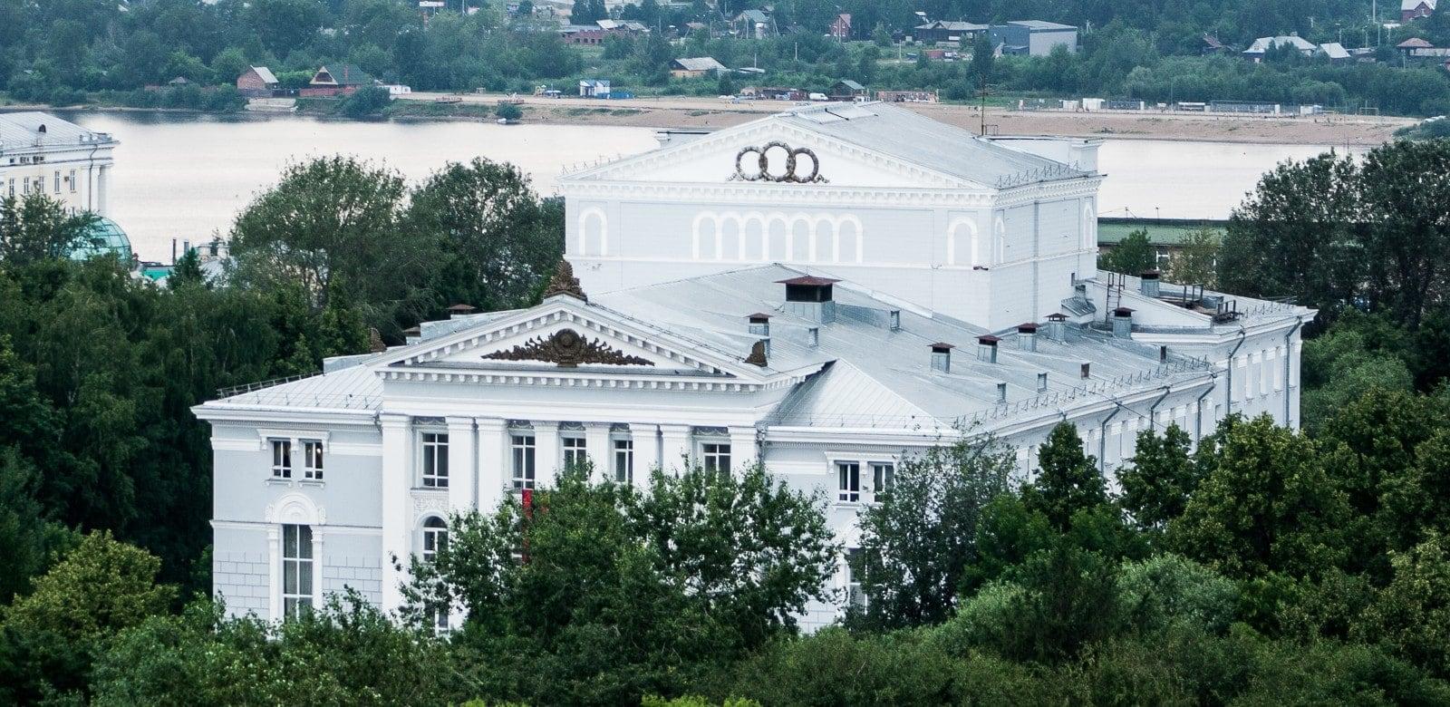 Пермский театр оперы и балета. Фото - Тимур Абасов