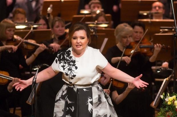 Концерт Альбины Шагимуратовой в Казани. Фото: Роман Хасаев