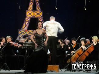 "В Ставрополе прошел концерт ""Звуки и ароматы Парижа"""