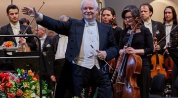 Юбилейный вечер Юрия Симонова состоялся в КЗЧ