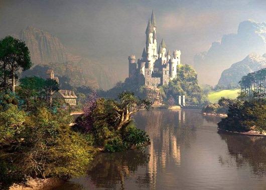 Композитор Петр Ильич Чайковский был очарован видом этого замка. Его название с немецкого можно перевести как «новый лебединый камень (утёс)». Более того, в его окрестностях находится озеро Шванзее, которое называют «лебединым». Историки полагают, что именно здесь у Чайковского родился замысел его первого балета. О каком замке идет речь?