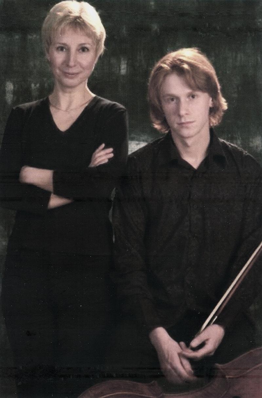 Мария Юрьевна Журавлёва с сыном - Сергеем Антоновым