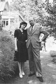 Мира Мендельсон и Сергей Прокофьев. Николина Гора, 1946 год