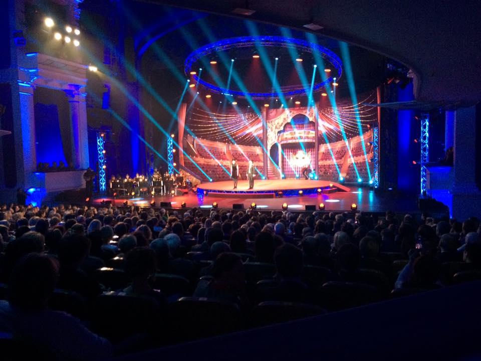 В Москве проходит церемония вручения Золотых Масок