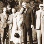 «Тройственный союз»: бас Фёдор Шаляпин (в центре) симпатизировал и супруге композитора, и самому Сергею Рахманинову (справа). Фото из семейного архива Александра Рахманинова
