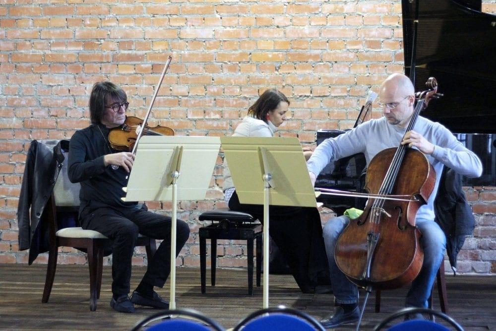 Юрий Башмет, Ксения Башмет и Алексей Надёнов. Фото - Ирина Штольба