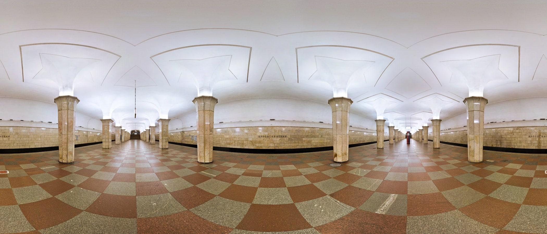 Московское метро во вторник разыграет билеты на ночной оперный концерт в подземке