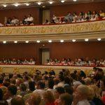 Худрук московского театра не пустил вокалистку на конкурс в Саратов