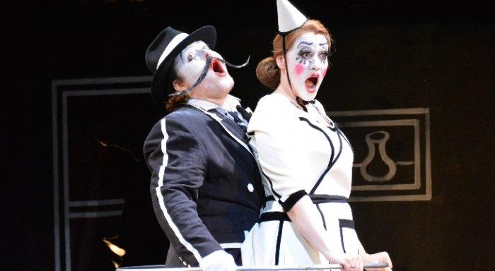 «Паяцы» в «Геликон-опере»