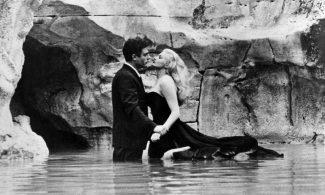 Кадр из фильма «Сладкая жизнь» Феллини, 1960 г.