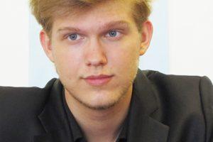 Олег Худяков