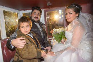 Анна Нетребко, Юсиф Эйвазов и Тьяго. Фото - www.globallookpress.com